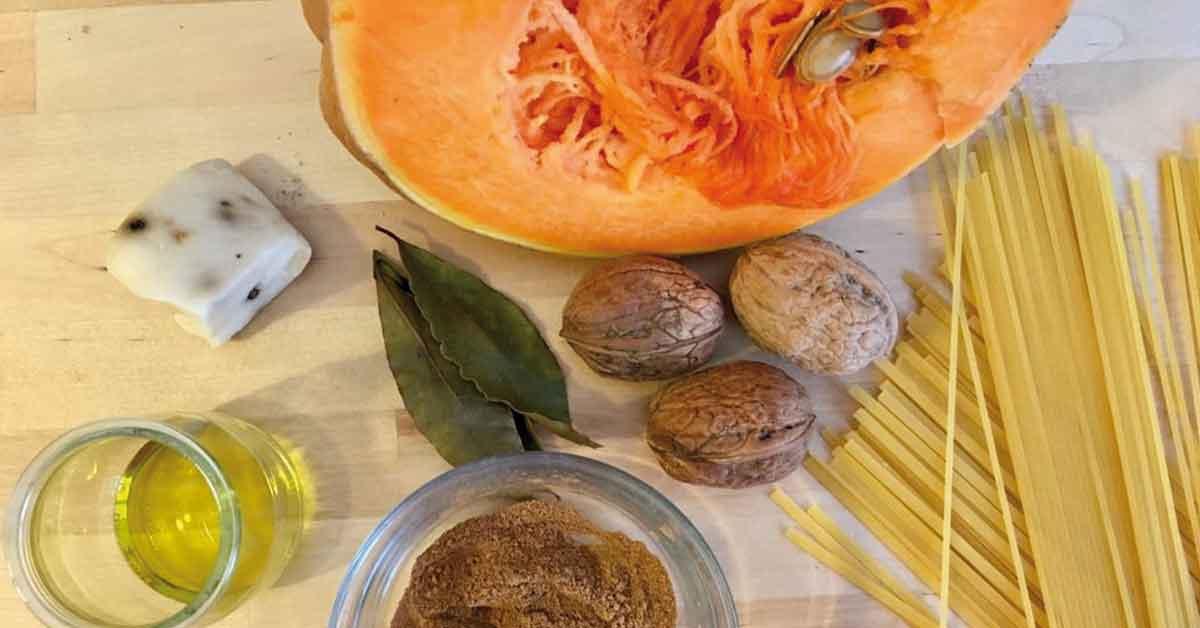 ingredienti-per-pasta-zucca-e-noci