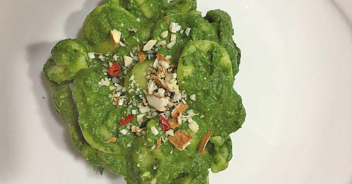 orecchiette-con-pesto-di-broccoli