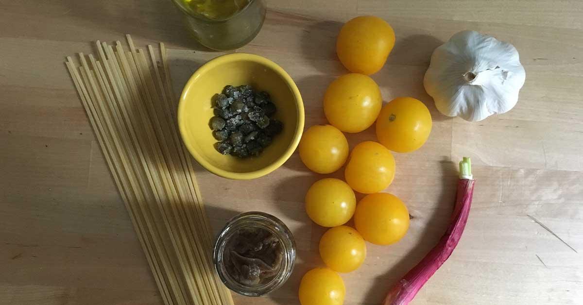 ingredienti pasta pomodoro giallo