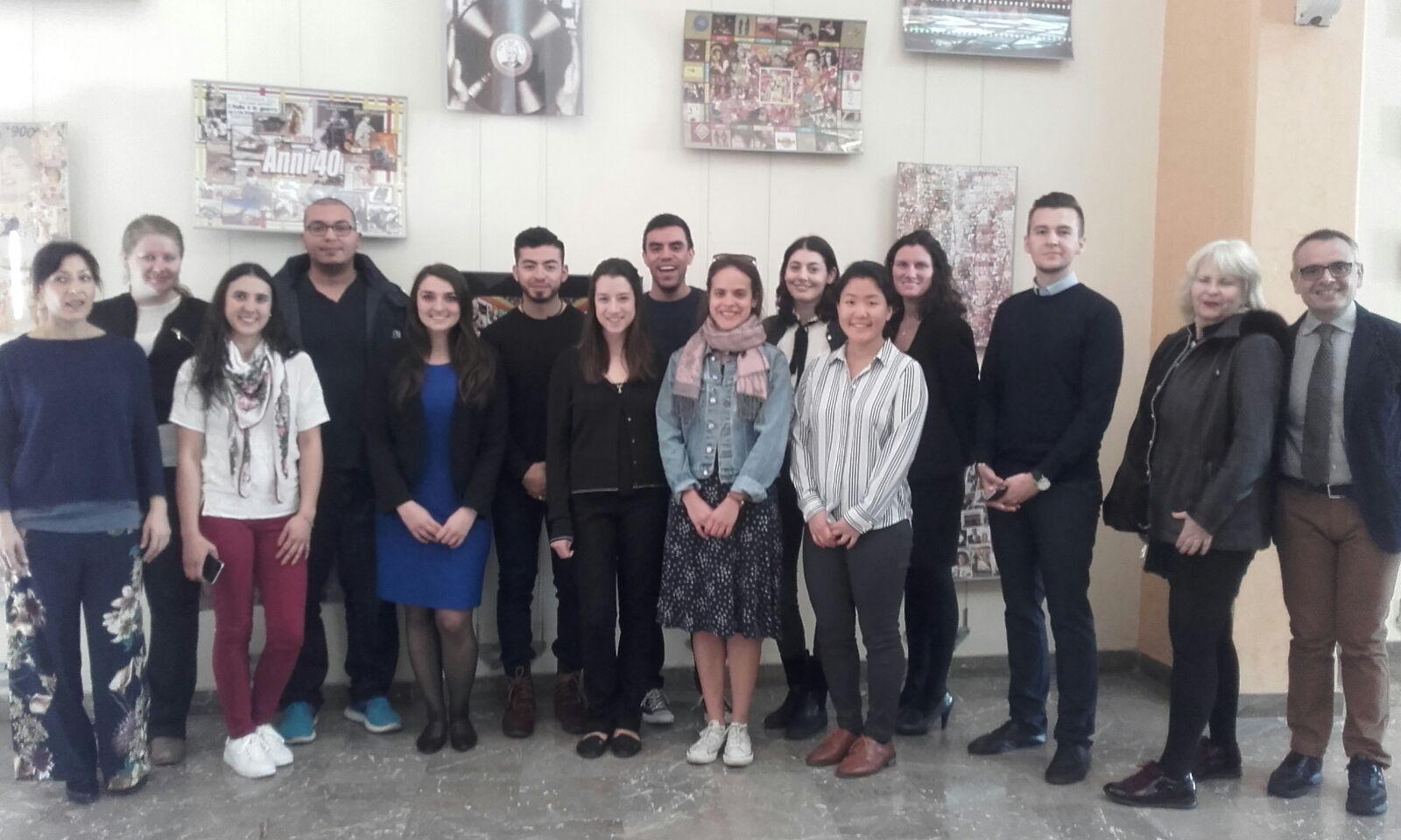 Messina 10 studenti da new york per studiare l 39 immigrazione for Alloggi per studenti new york
