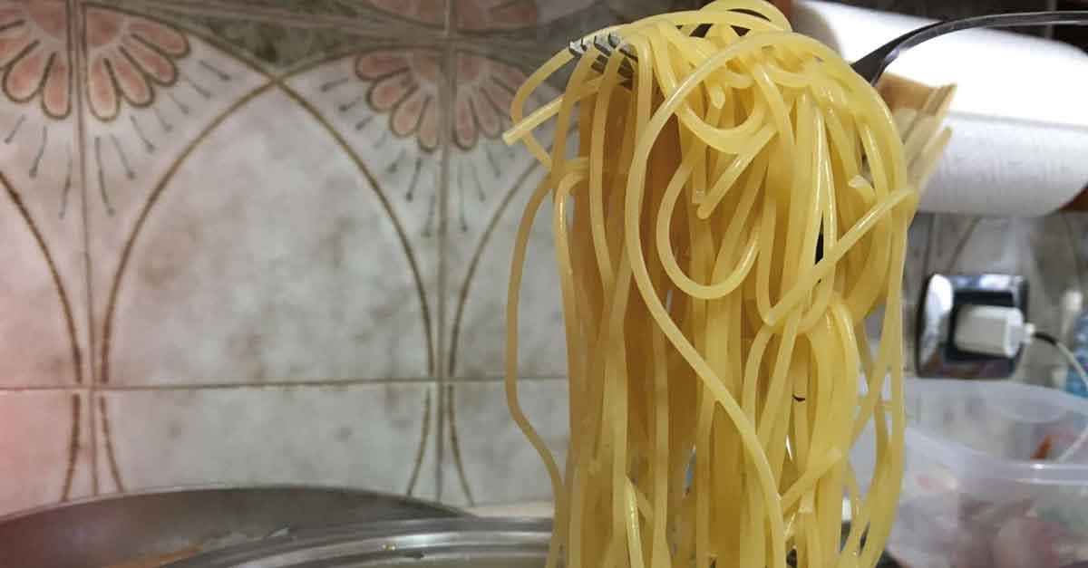 spaghetti a metà cottura
