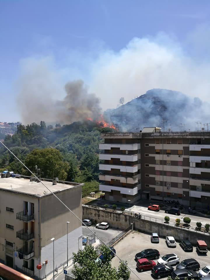 Incendio 29-06-2020 a Messina parte 2